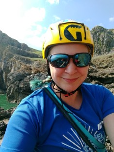 jenny_foster_climbing